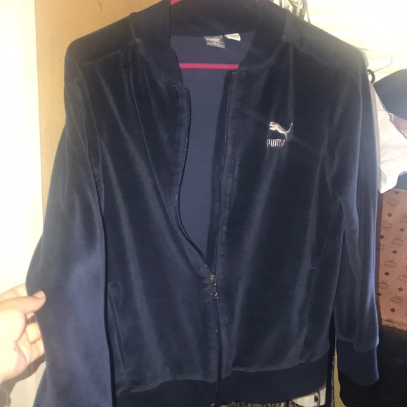 Puma Jackets & Blazers - BRAND NEW PUMA VELVET SWEATER